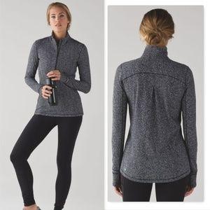 Lululemon Outrun 1/2 zip pullover running luon